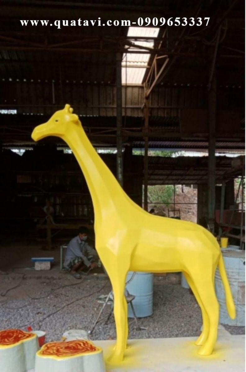 Modern fiberglass sculpture,art sculpture,fiberglass sculpture,modern sculpture,animal fiberglass sculpture,abstract sculpture,garden fiberglass sculpture,kinetic sculpture.
